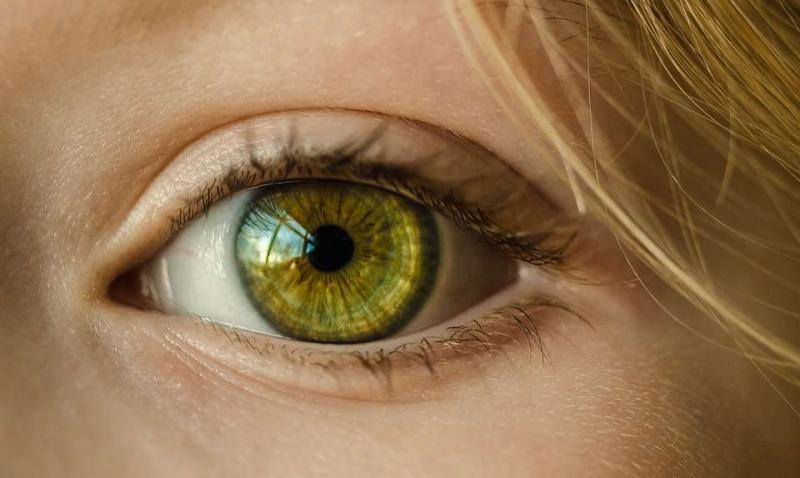 怎样治疗近视眼近视眼要注意什么好呢